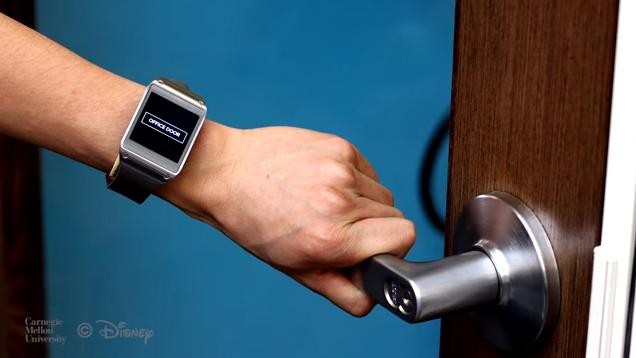 Disney-Smartwatch: Weiß, was man anfasst