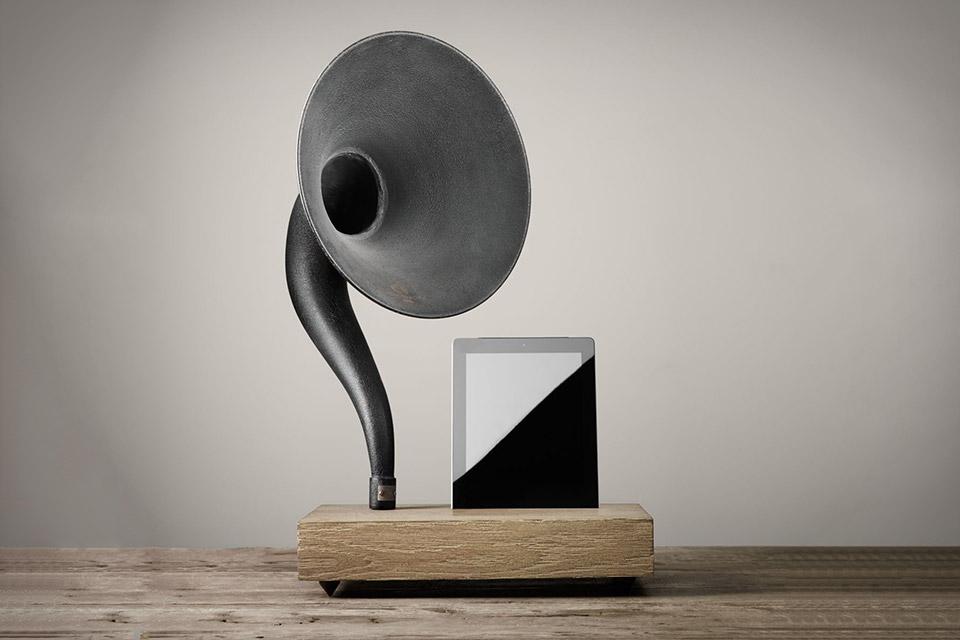 Lautsprecher | Klassisch: Schalltrichter für iPad & iPhone