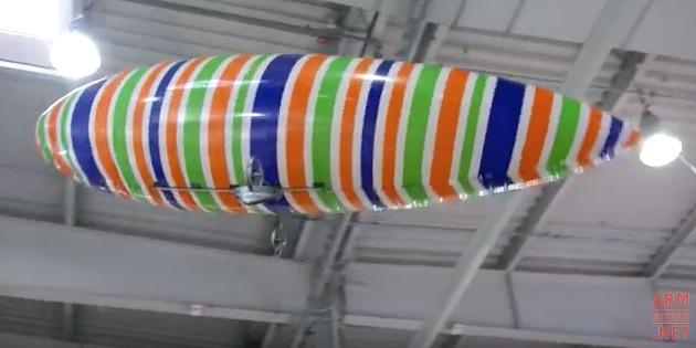 mini-zeppelin-schiesst-fotos-und-videos