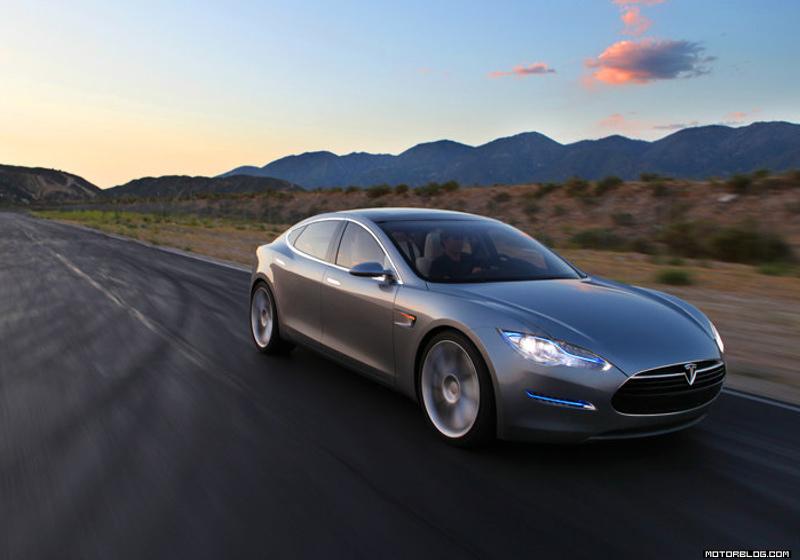 Tesla Model S Schlüssel weisst Sicherheitslücke auf