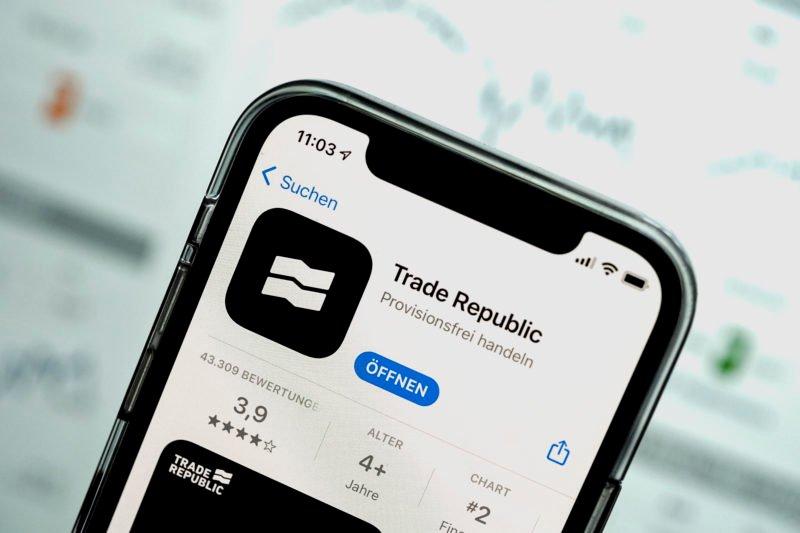 trade-republic-sammelt-738-millionen-euro-ein-–-bewertung-mehr-als-verzehnfacht