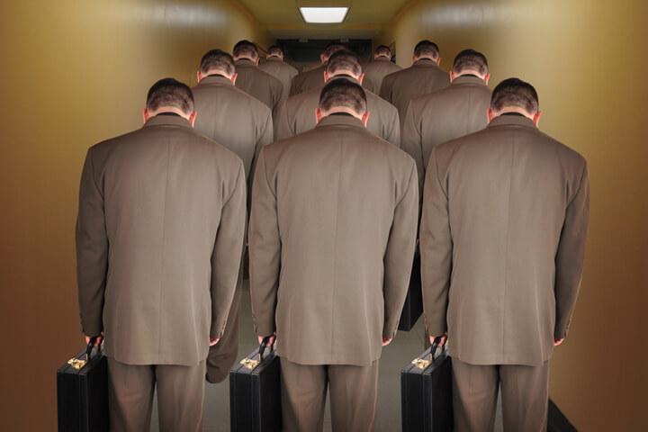 #gastbeitrag-–-wie-viel-burokratie-vertragt-ein-startup?